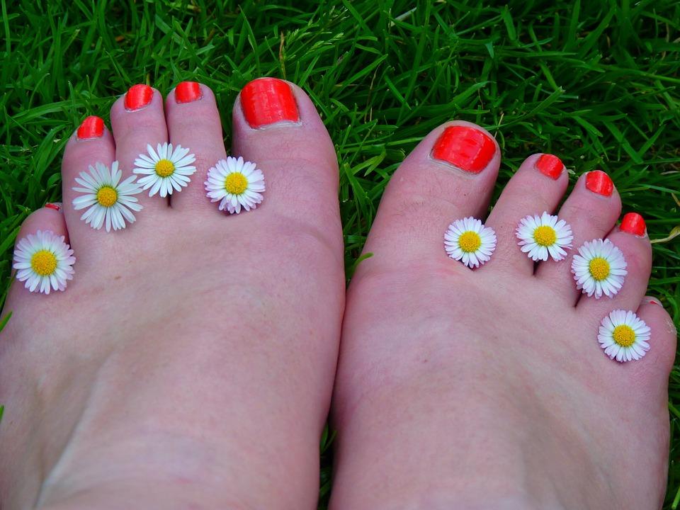 Proper Nail Care At Home For Beautiful Nails